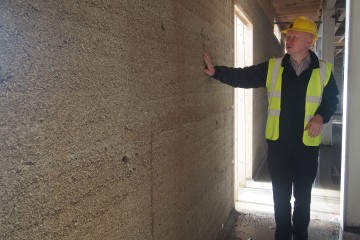 Ronan Glynn shows hempcrete